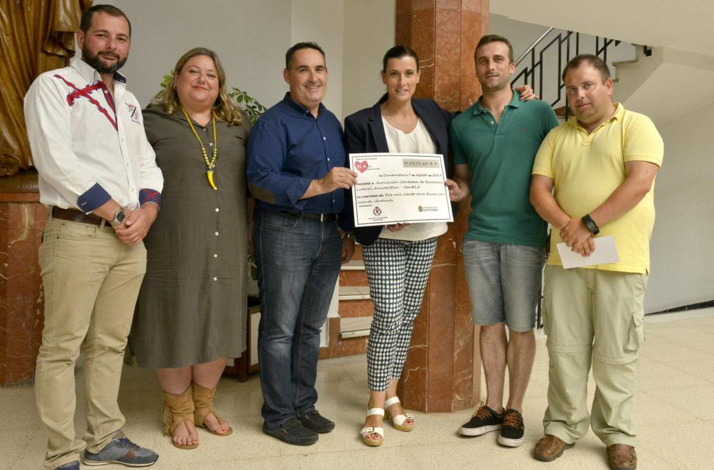 El Ayuntamiento y la Cofradía de los Dolores entregan a CanELA la recaudación solidaria de la fiesta del Corpus